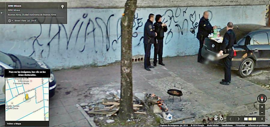 Policía en Parque Patricios