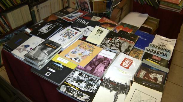 Mesa de autores mendocinos en Pájaros Librería Independiente